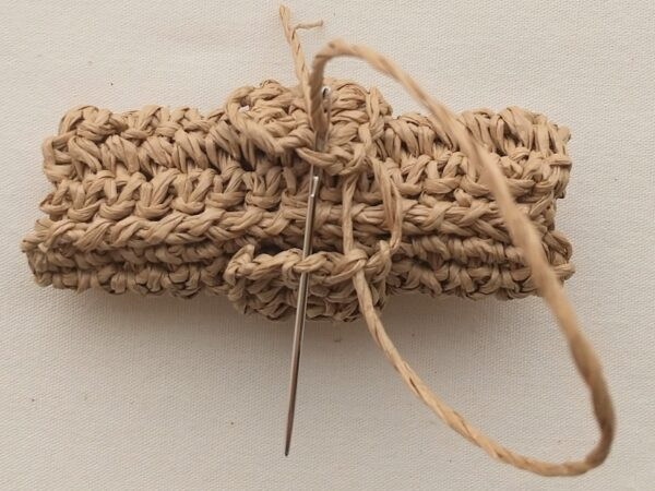 細編みだけでできる!リボンのブローチの作り方