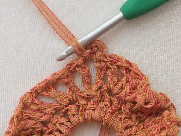 長編みとくさり編みで!シュシュの作り方