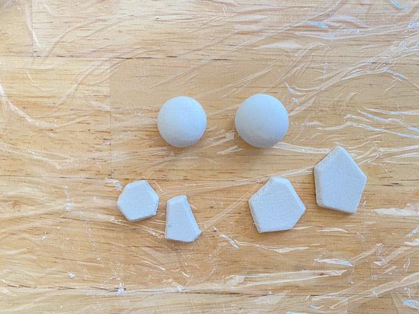 親子コーデを簡単に!石粉粘土ピアスの作り方