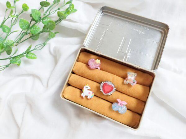 お気に入りの缶や箱で作る指輪ケースの作り方